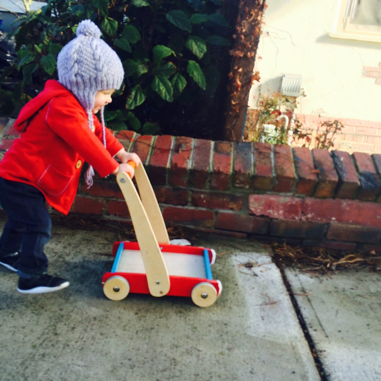 6 Signs Your Child's Foot Development Is On the Right Track [Guest Post]