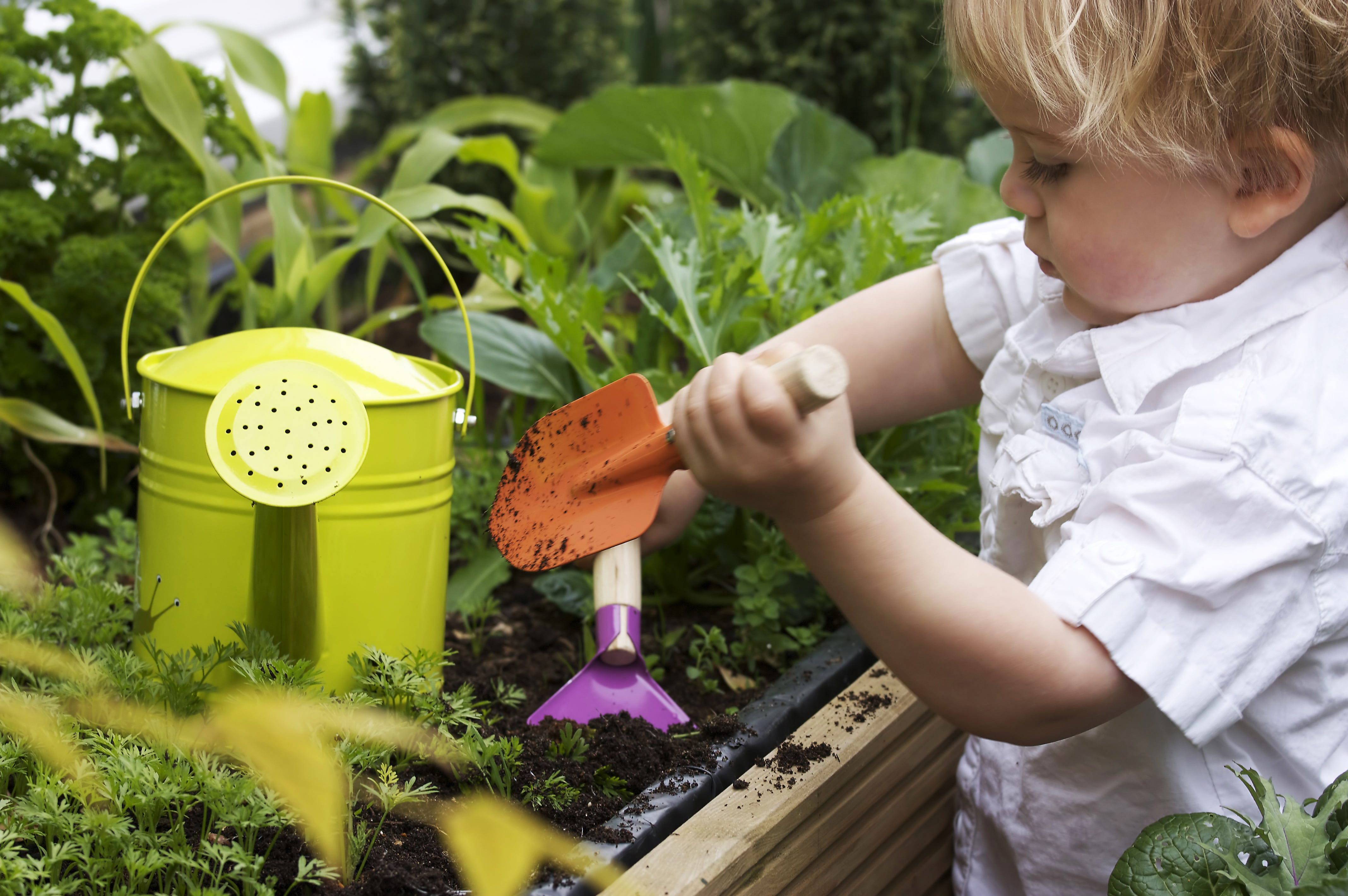 Guide to gardening with little ones