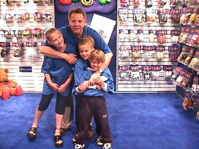 Chris Bennett with kids Bobux